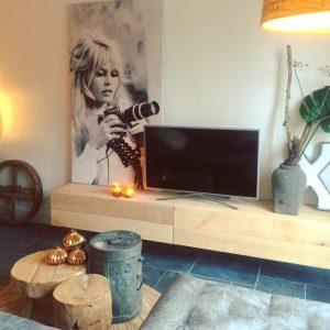 woonkamer zomerzoen brigitte bardot