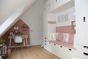 muren van de kinderkamer build in bed blog zomerzoen