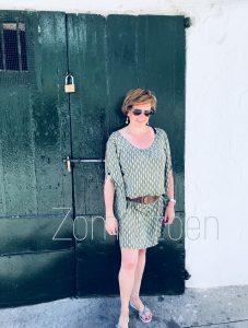 ibiza zomerzoen angeliek nelissen voor groene deur