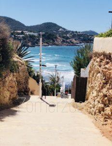 ibiza zomerzoen el tarida trap naar strand