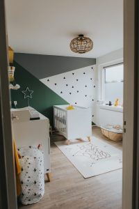 babykamer trends 2019 urban groene muur