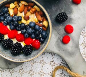 waarom koolhydraateten eten ontbijtbowl